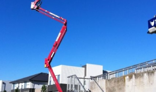 Selecting the perfect spider lift hire specialists – Tips and tricks