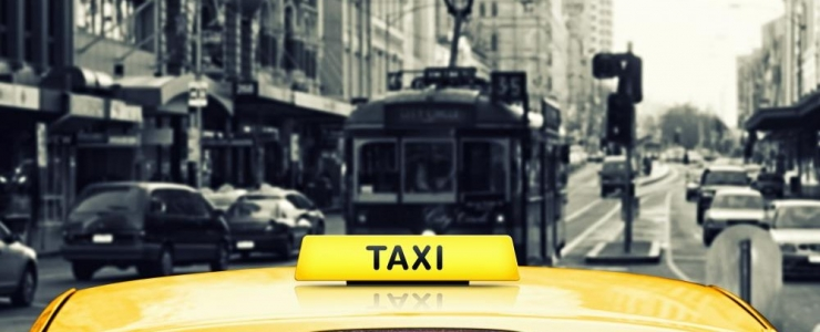 Taxi or Public Transportation – What Option is Better