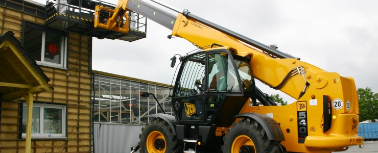 What should businesses know about telehandler hire?