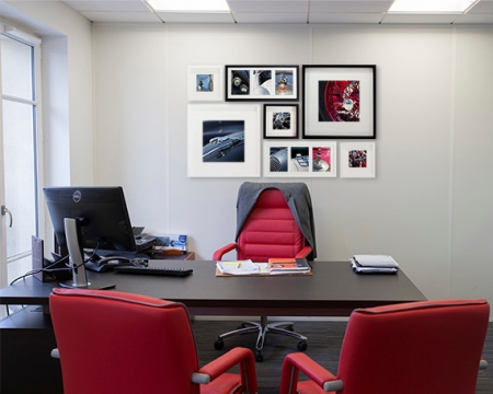 Office decorating ideas for a pleasant work environment
